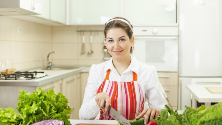 домакиня кухня