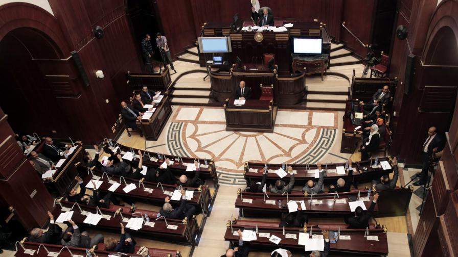 Одобрен бе проектът за конституция на Египет