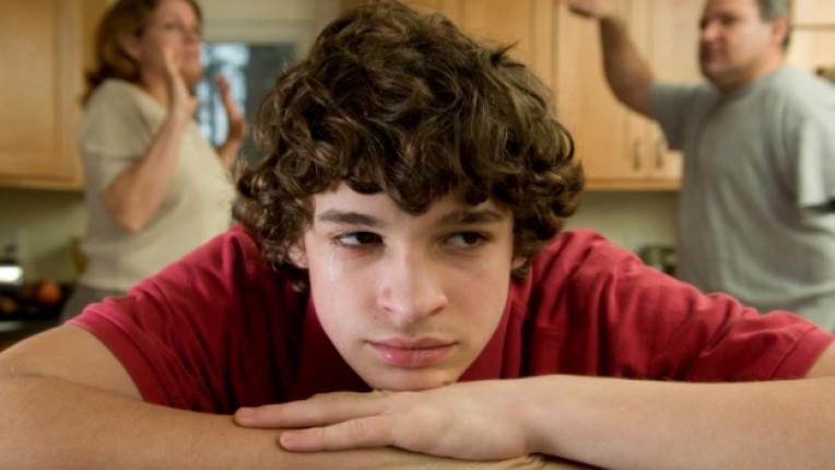 спор семейство родители тийнейджъри мнение увереност подрастващи