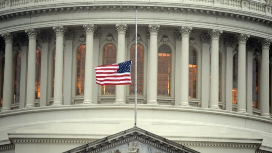 Американците не уважават политици, журналисти и духовници
