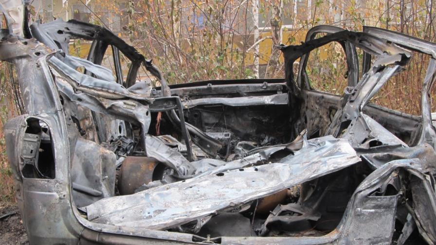 Кола с метанова уредба избухна в Русе, за щастие няма пострадали
