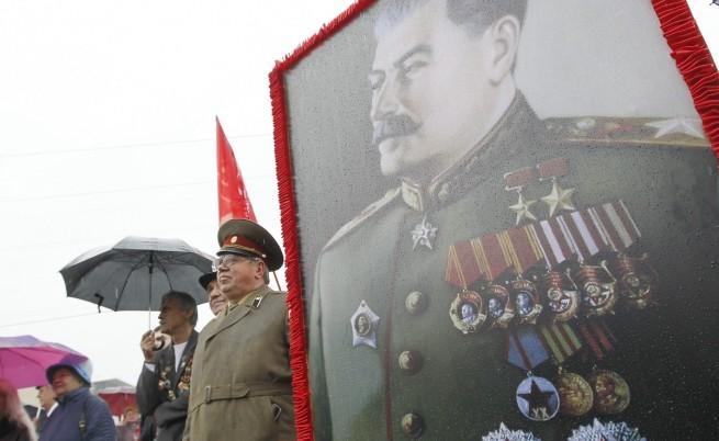 Владимир Путин сравни Сталин с Оливър Кромуел