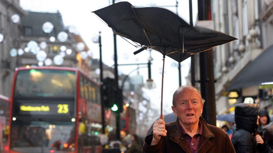 Лошото време в САЩ, Канада и Великобритания взе жертви