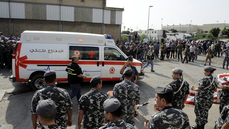 Мощен взрив уби петима в предградие на Бейрут