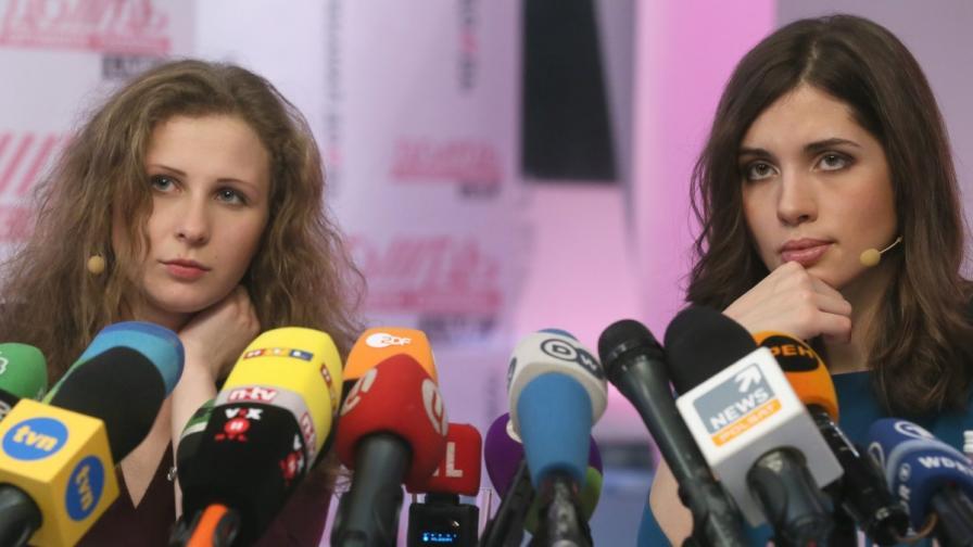 """""""Пуси райът"""": Освободиха ни заради Олимпиадата в Сочи"""
