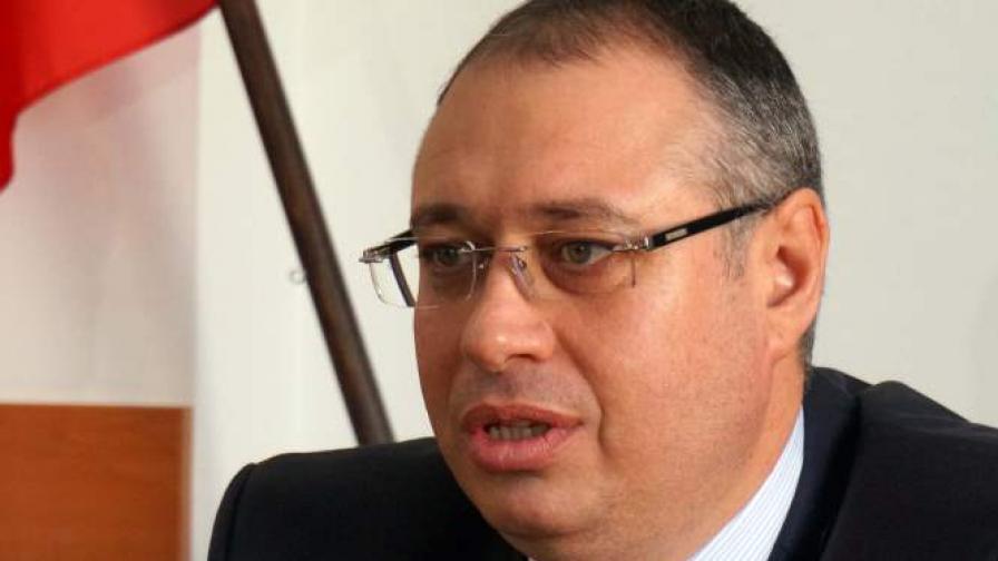 """""""Атака"""" иска оставката на областния управител на Варнeнска област"""